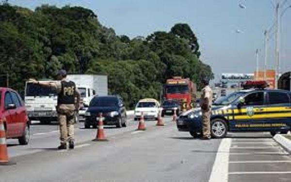 PRF reforça fiscalização nas estradas