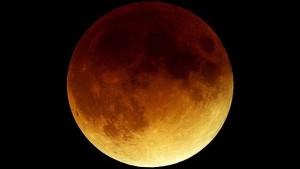 lua-vemelha-2