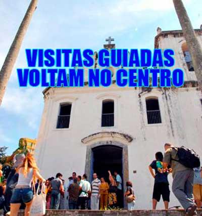 Visitas turísticas guiadas contam a história da capital
