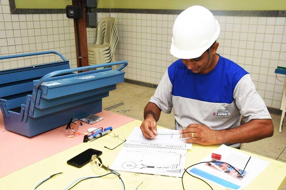 Mais 220 vagas de qualificação para bairros do Ocupação Social, na Grande Vitória e no Interior