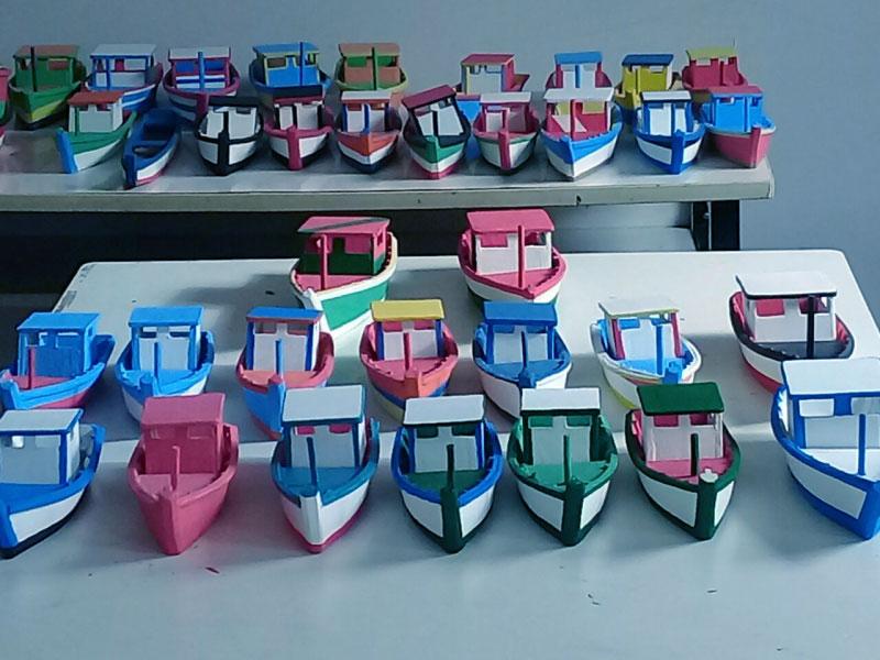 Ícones da Cultura Capixaba são vendidos na feira da Praça dos Namorados