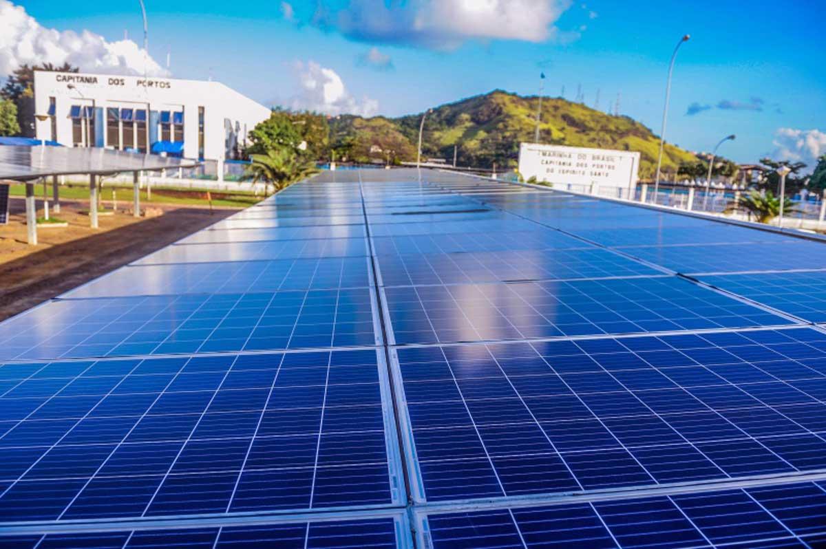 Prefeitura instala usina de geração de energia na Praça do Papa