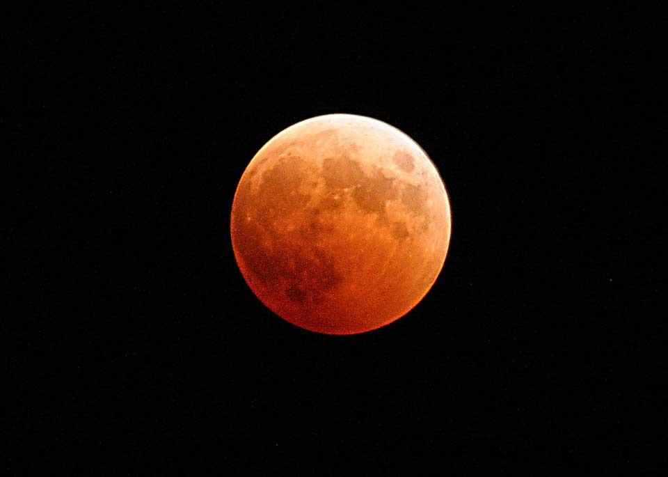 Eclipse da Lua: Planetário de Vitória e Praça da Ciência serão pontos de observação