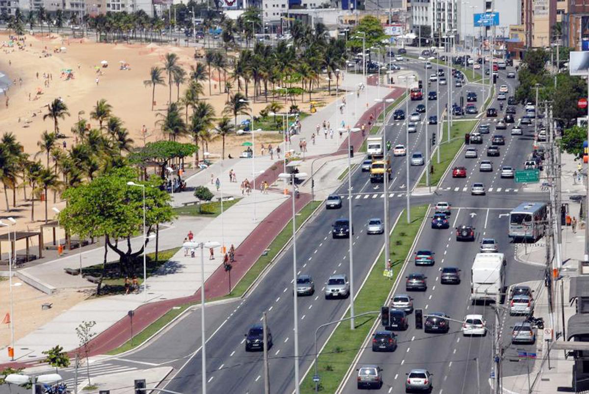 Avenida Dante Michelini ganha novo paisagismo