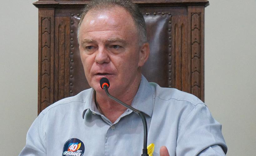 Casagrande é eleito governador do ES